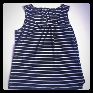 Black and White stripped sleeveless top